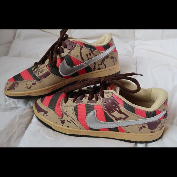 more photos 95e04 4fa4b Freddy Krueger Nike Dunks. M 5b7211a1dcfb5a0b86df5f3d